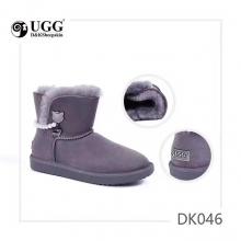 【国内发货】DK046贵族风珍珠配饰雪地靴 团购价:329  代理价:  339