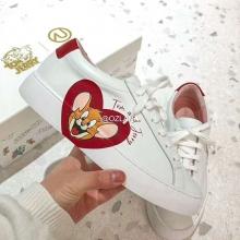 【国内发货】AU209020 爱心小白鞋